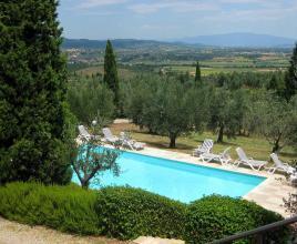 Casa vacanze con piscina in Monte San Savino, in Toscana.