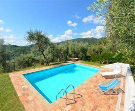 Holiday house in Torcigliano with pool, in Tuscany.