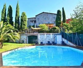 Vakantiehuis in Chiatri met zwembad, in Toscane.