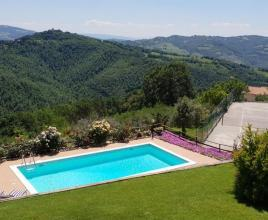 Holiday house in Casacastalda with pool, in Umbria.