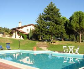 Holiday house in Valbiancara with pool, in Umbria.