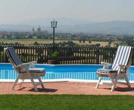 Holiday house in Tordibetto with pool, in Umbria.
