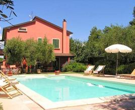 Holiday house in Vaiano with pool, in Umbria.
