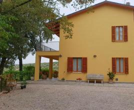 Holiday house in San Feliciano with pool, in Umbria.