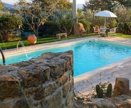 Holiday house in Castelleone di Deruta with pool, in Umbria.
