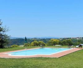 Holiday house in Legoli with pool, in Tuscany.