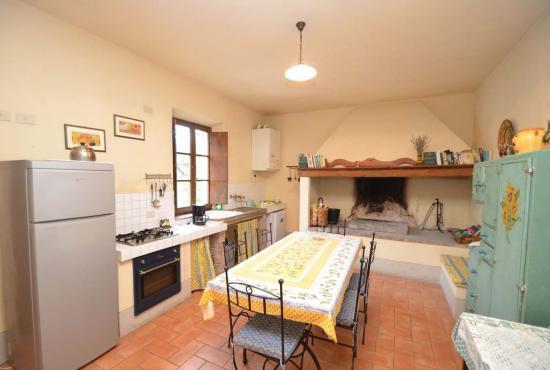 Vakantiehuis in Contignano, Toscane -