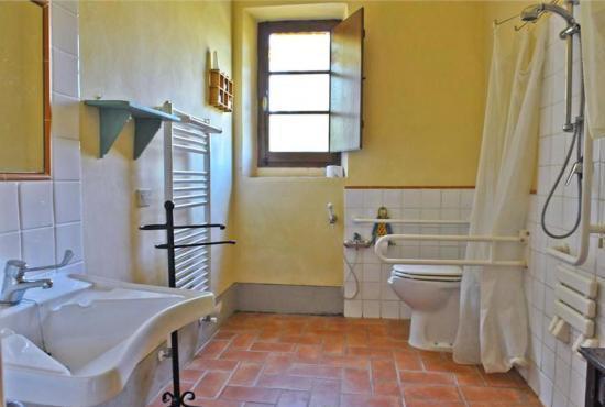 Holiday house in Contignano, Tuscany -