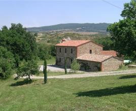 Holiday house in Contignano with pool, in Tuscany.
