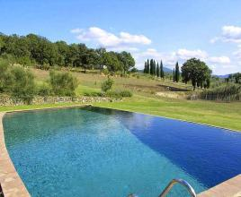 Holiday house in Sarteano with pool, in Tuscany.
