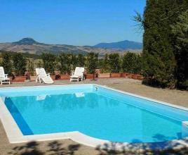 Holiday house in Piancastagnaio with pool, in Tuscany.