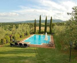 Holiday house with pool in Tuscany in Cetona (Italy)