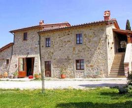 Holiday house in Castiglione d'Orcia with pool, in Tuscany.