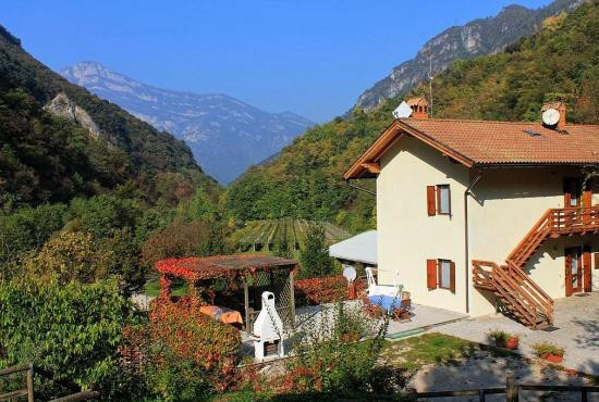 Casa vacanza in Ala, Trentino Alto Adigo -