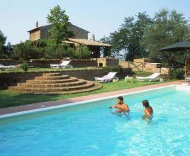 Holiday house in Vitorchiano with pool, in Lazio.