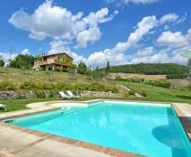 Holiday house in Proceno with pool, in Lazio.