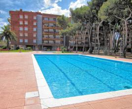 Holiday house in Torredembarra with pool, in Costa Dorada.