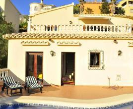 Holiday house in Benitachell with pool, in Costa Blanca.