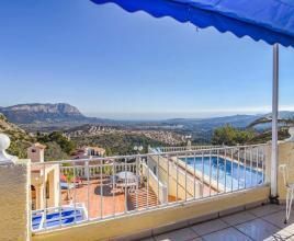 Vakantiehuis in Pedreguer met zwembad, in Costa Blanca.