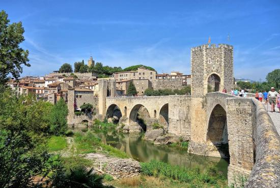 Location de vacances en L'Escala, Costa Brava - Besalú