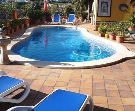 Vakantiehuis met zwembad in Costa Brava in Blanes (Spanje)