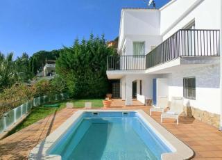Vakantiehuis met zwembad in Costa Brava in Lloret de Mar (Spanje)