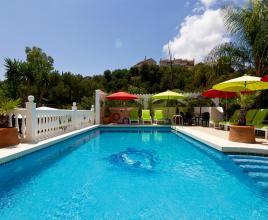 Holiday house in Fuengirola with pool, in Costa del Sol.
