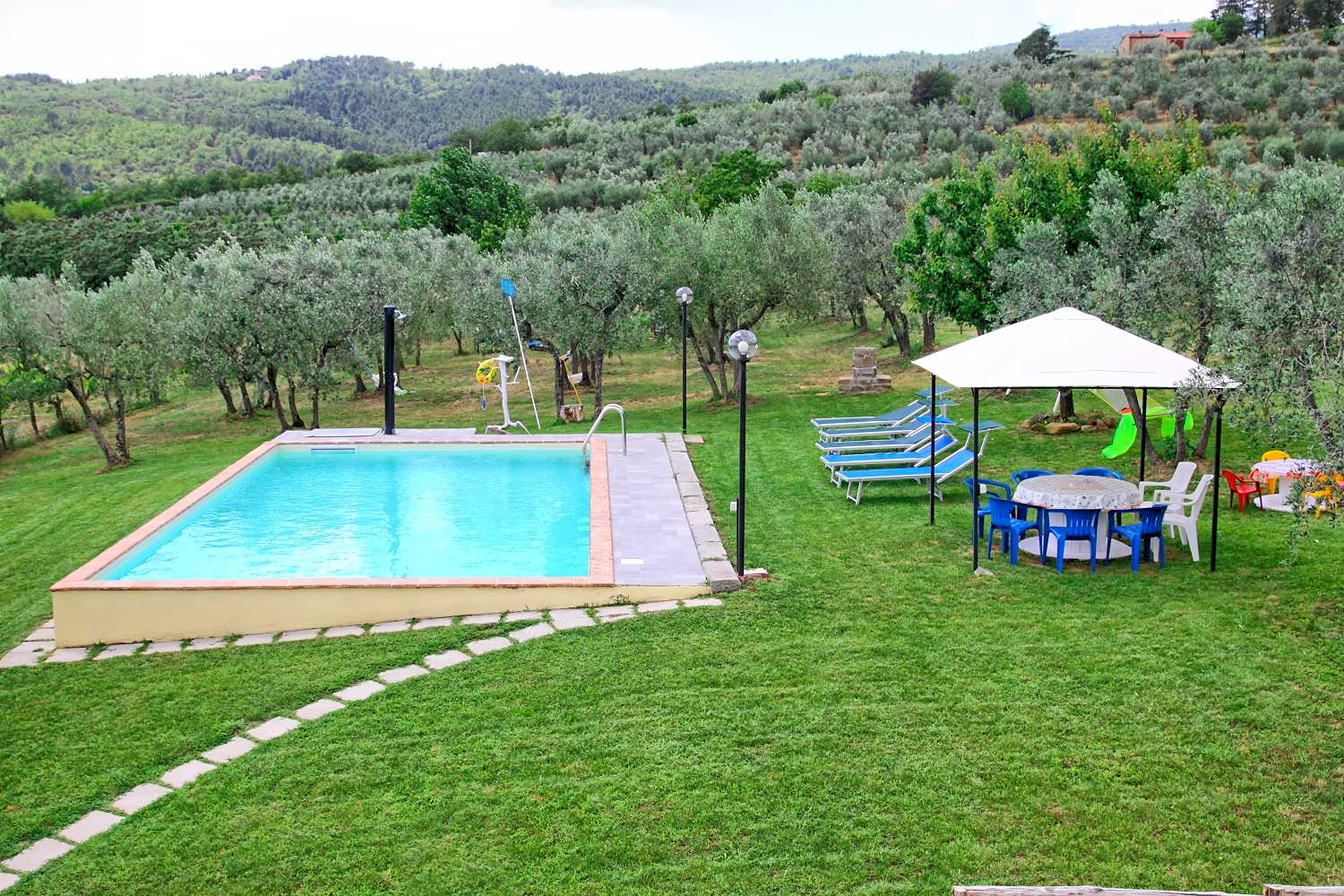 holiday house with pool in toscana in san giustino valdarno italy