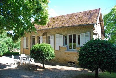 Mooi gerestaureerd vakantiehuis bij tharot in de morvan in midden frankrijk, op ca.7 km van de stad avallon ...