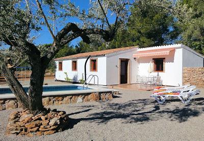 Vakantiehuis in El Perello met zwembad, in Costa Dorada.