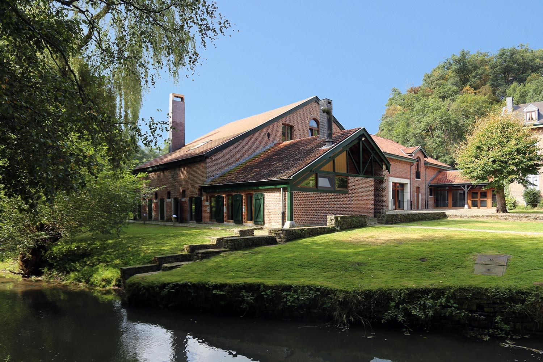 Vakantiehuis in Hamoir met zwembad, in Ardennen.