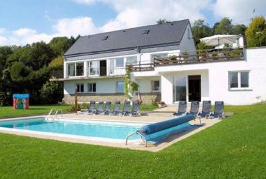 Vakantiehuis met zwembad in ardennen in aywaille belgi - Zwembad huis ...