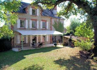 Location De Vacances Avec Piscine En Dordogne Limousin En  Collonges La Rouge (