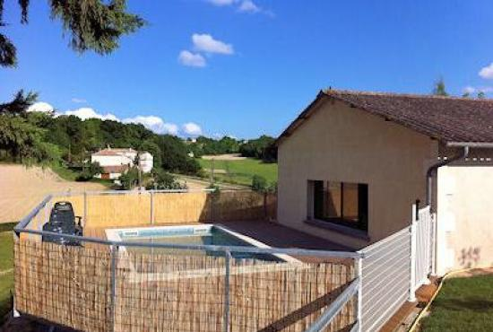 Location De Vacances En Saint Paul De Loubressac, Dordogne Limousin    Piscine