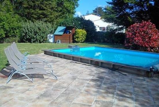 Location de vacances avec piscine en pays de la loire en for Camping pays de la loire avec piscine