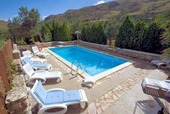 Casa vacanza con piscina in sicilia in fraginesi italia - Casa vacanza con piscina ...