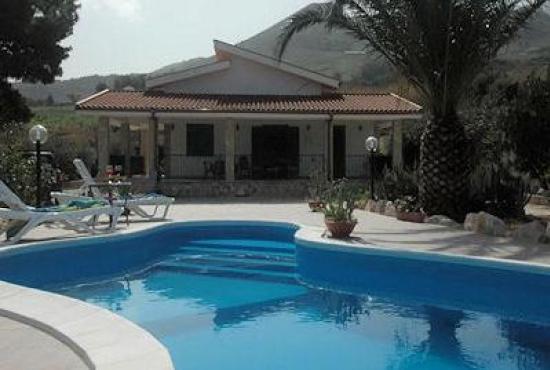 Casa vacanza con piscina in sicilia in scopello italia - Residence con piscina in sicilia ...
