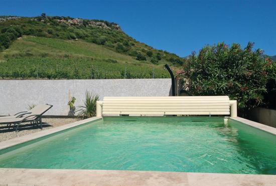 Location de vacances avec piscine en corse en oletta france for Camping corse bastia avec piscine