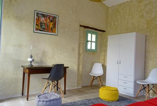 vakantiehuis in saint etienne d 39 escattes huren in languedoc roussillon. Black Bedroom Furniture Sets. Home Design Ideas