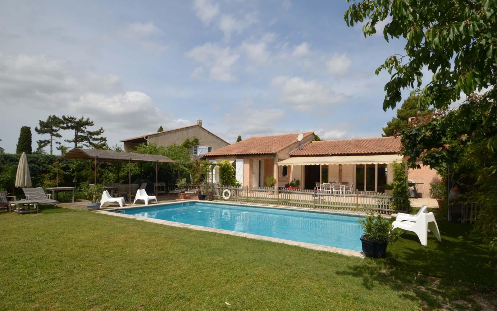Vakantiehuis in Cabries met zwembad, in Provence-Cote d'Azur.