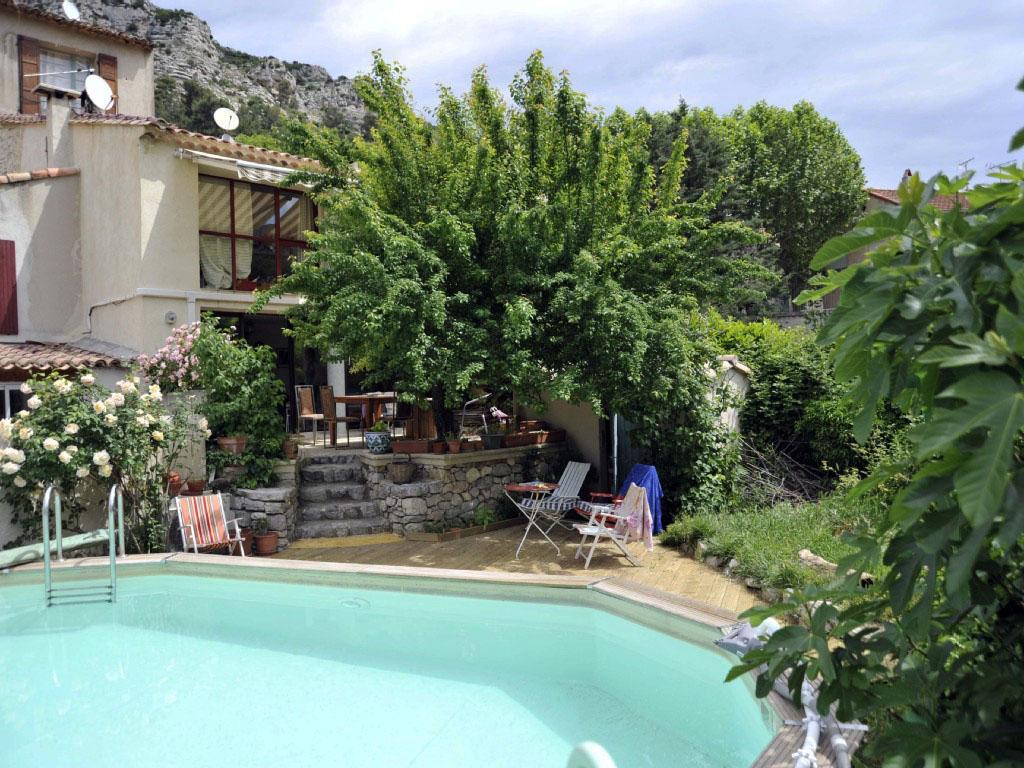 Vakantiehuis in Vauvenargues met zwembad, in Provence-Côte d'Azu