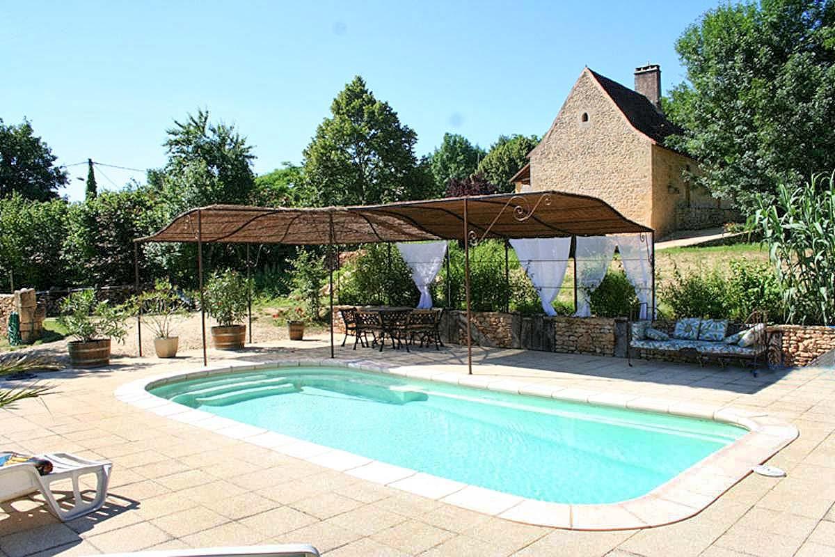Vakantiehuis in Les Eyzies met zwembad, in Dordogne-Limousin.