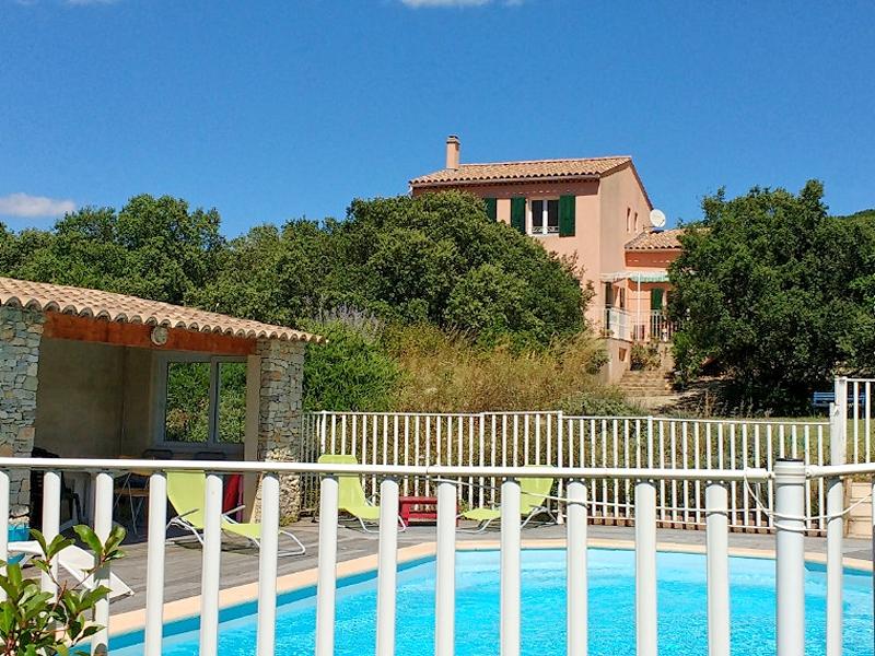 Vakantiehuis in Roche-Saint-Secret met zwembad, in Provence-Cote d'Azur.