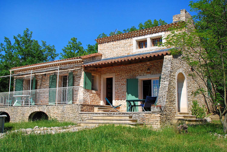Vakantiehuis in Saint-Jean-de-Maruejols met zwembad, in Languedoc-Roussillon.