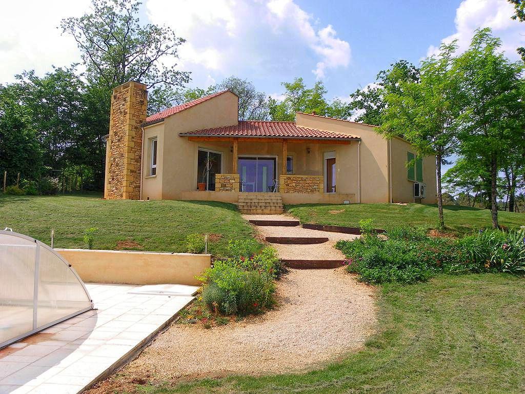 Vakantiehuis met zwembad in Dordogne-Limousin in Montcléra (Fran