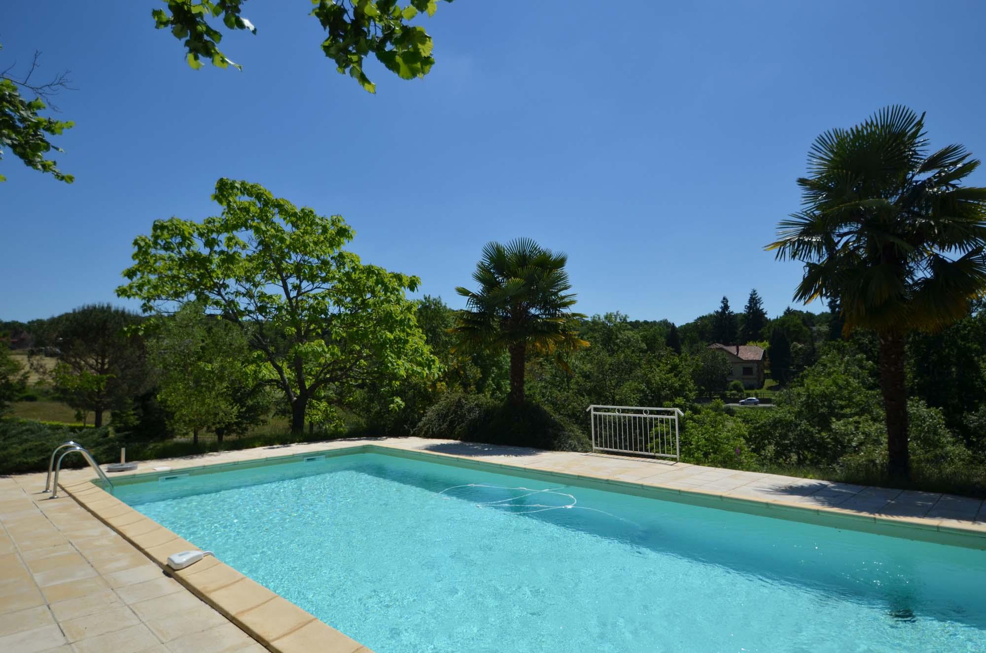 Location De Vacances Avec Piscine En Dordogne Limousin En Thédirac (France)
