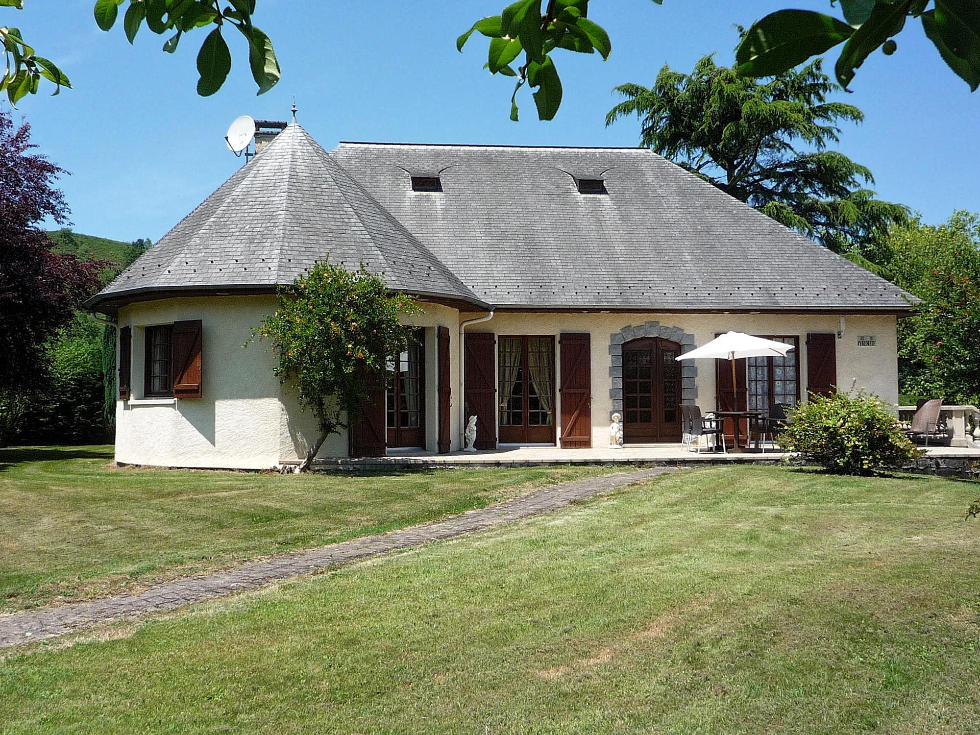 Vakantiehuis in Lestelle-Betharram met zwembad, in Aquitaine.