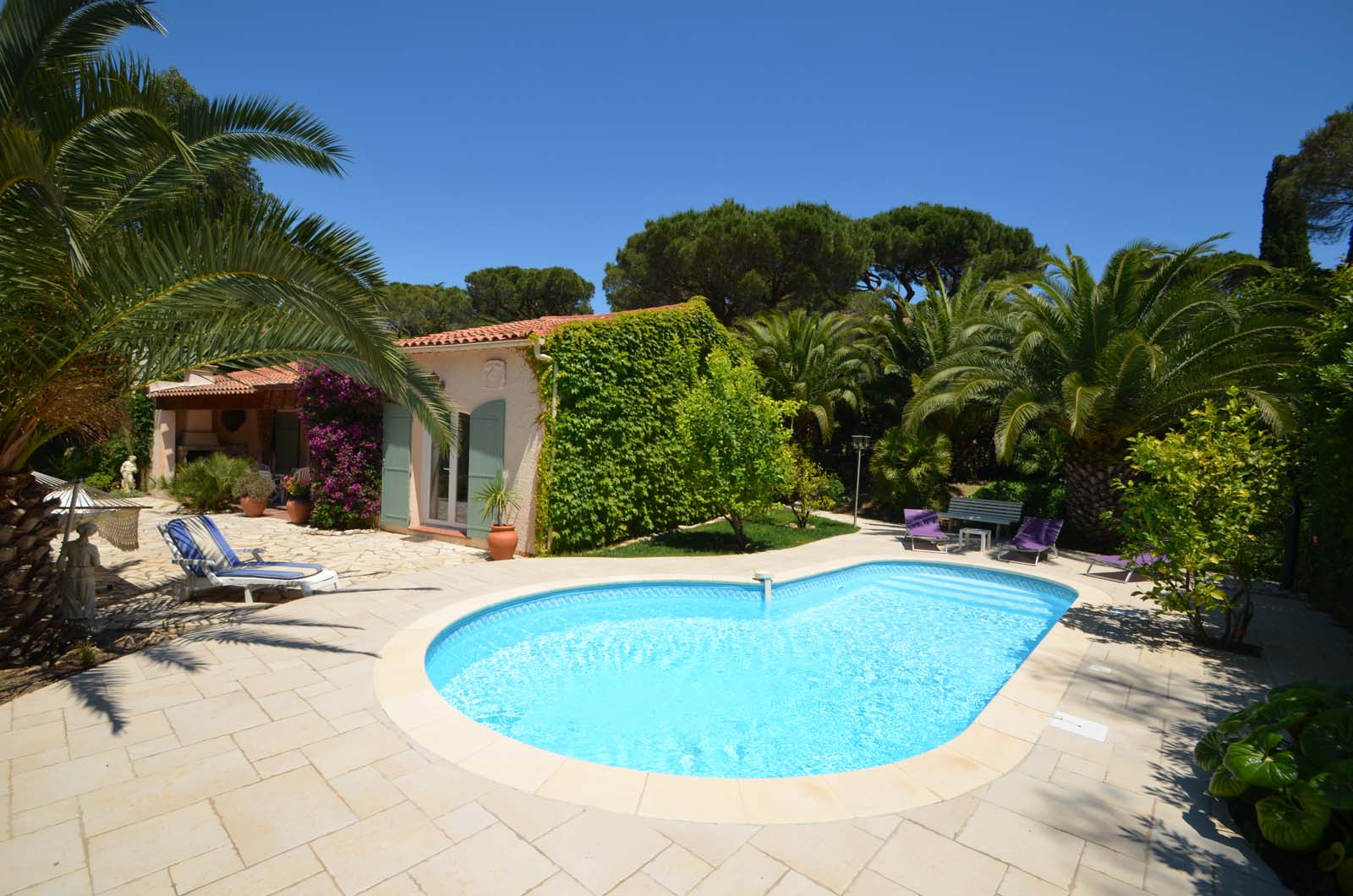 Vakantiehuis in Les Issambres met zwembad, in Provence-Cote d'Azur.
