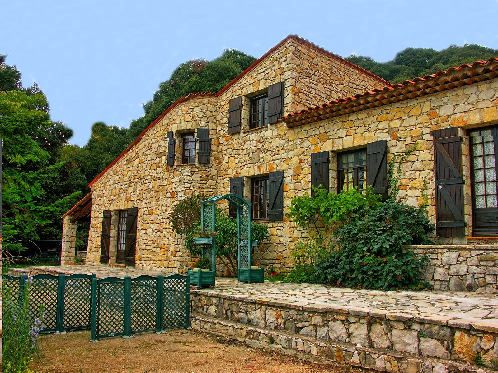 Vakantiehuis in Mons, in Provence-Cote d'Azur.