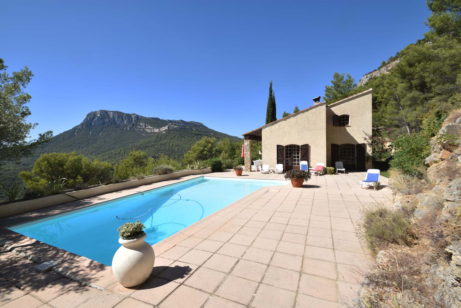 Vakantiehuis in Solliès-Ville met zwembad, in Provence-Côte d'Az